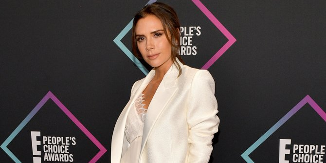 Victoria Beckham Invites Harper to Enjoy Beauty Care at the Spa