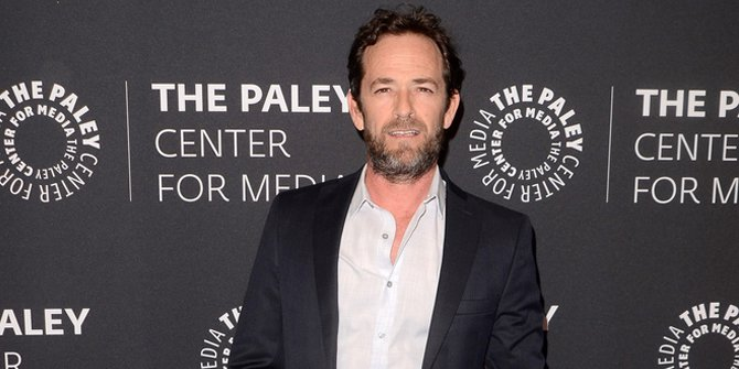 Luke Perry Fighting Against Colon Cancer For Years