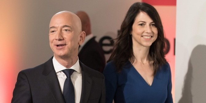 Official Divorce, Jeff Bezos Gives Former Wife 4% of Amazon Shares