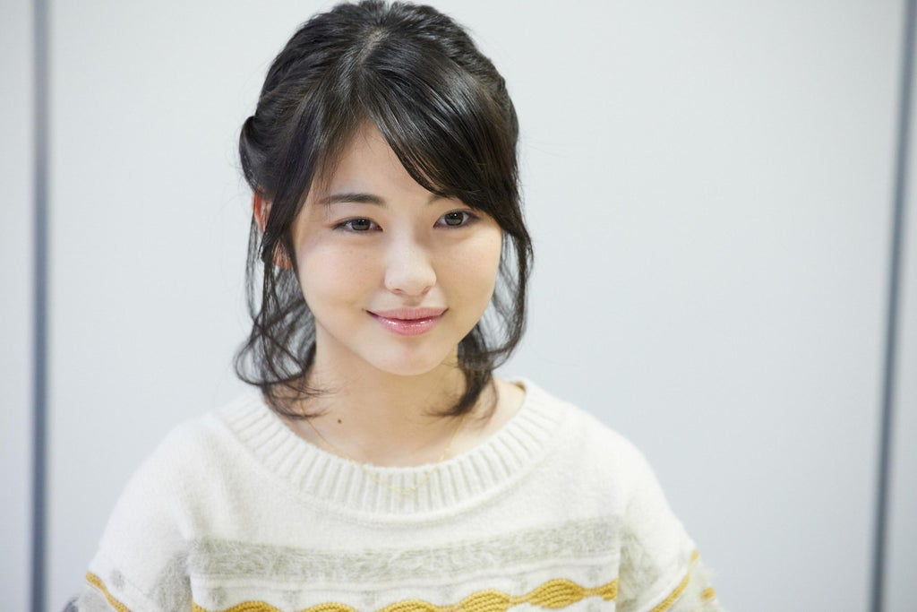 Beautifull And Talented Young Artis From Japan - Minami Hamabe
