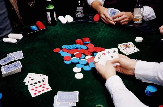 Dapatkan Jackpot Ratusan Juta Bermain Poker Sekarang Juga