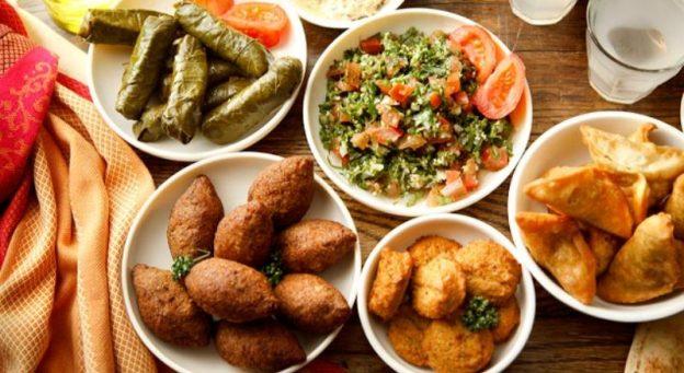 Street Food Khas Lebanon Yang Wajib Kalian Cicipi