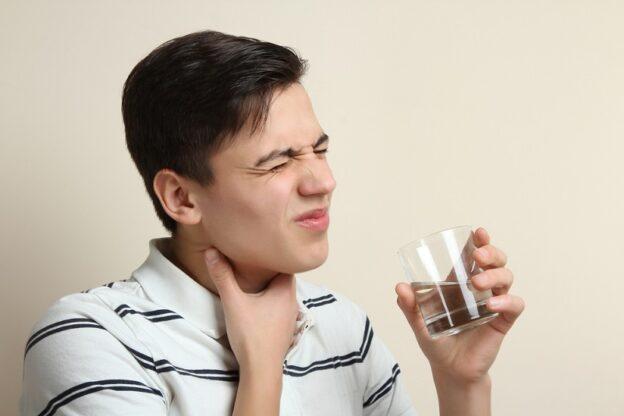 Penyebab Sakit Tenggorokan dan Cara Mengatasi Yang Benar
