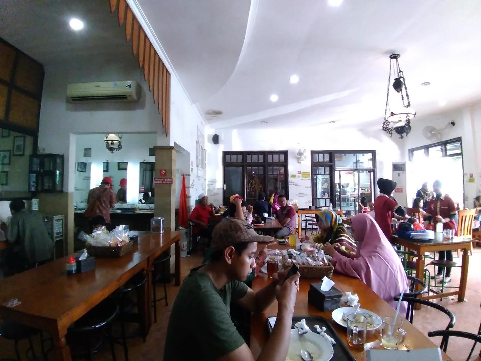 Review Warung Kaliotik di Lamongan